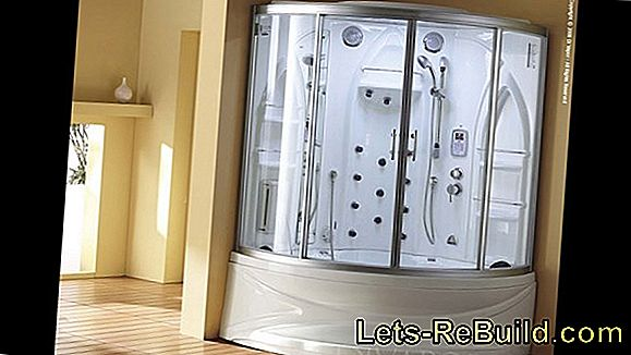 Steam shower and whirlpool in one
