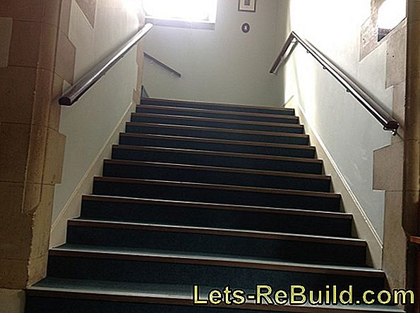 Staircase In The Old Building » How To Beautify It
