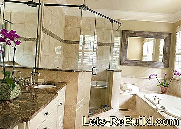 Bathroom: tile mosaic for a pleasing look