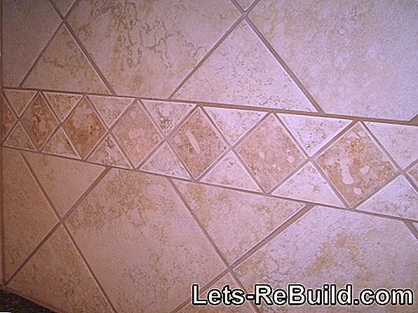 Wall tiles in natural stone look are beautiful and easy to clean