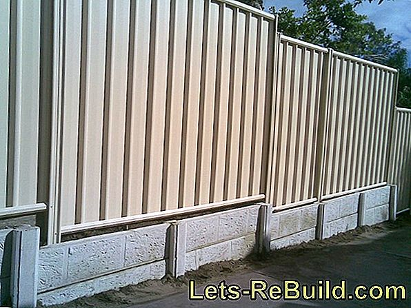 Wall As Fence » How To Build A Stable Screen