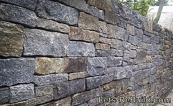 Natural Stone Wall Costs - Cost Calculation On The Example