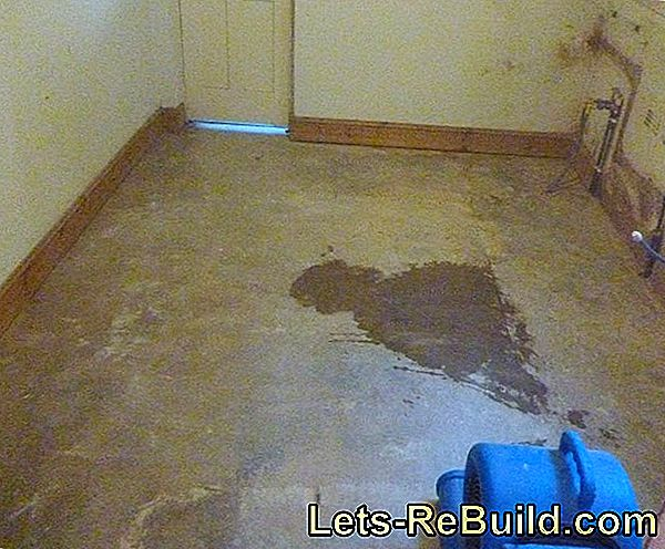 Screed Drying After Water Damage » How & How Long?