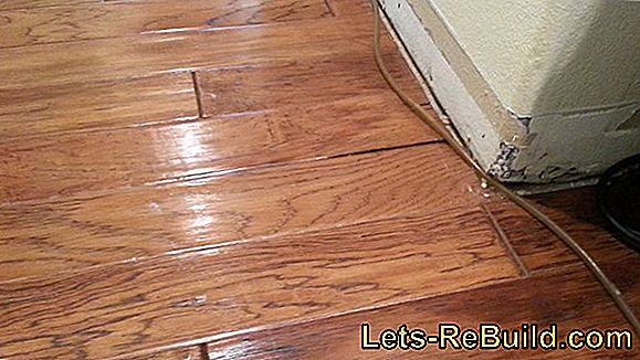 Water damage on parquet can be repaired