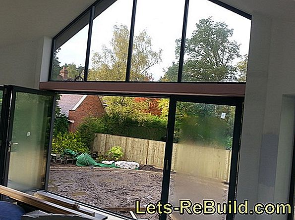 Open triangular window - the shape decides