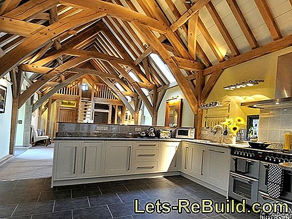 Restore wooden beams authentic or improvised