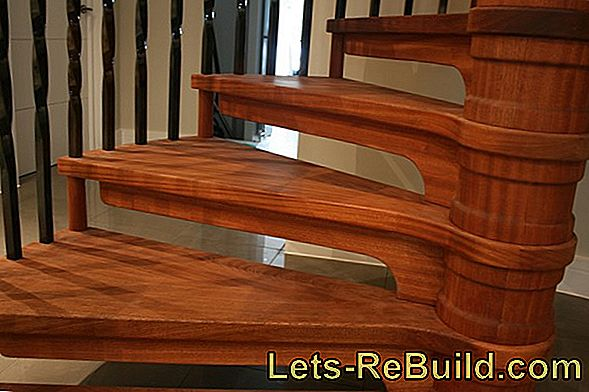 Oil or varnish a wooden staircase