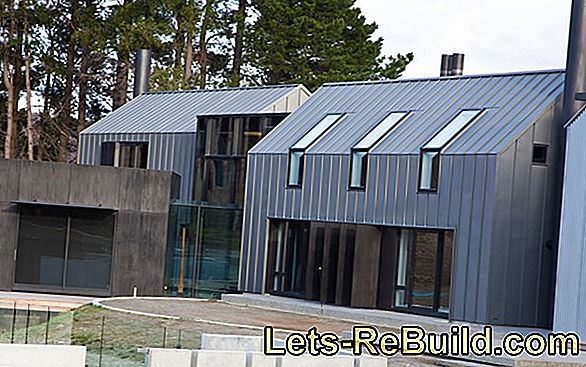 Zinc sheet for the roof - modern solution